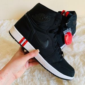 New Air Jordan Retro Hi